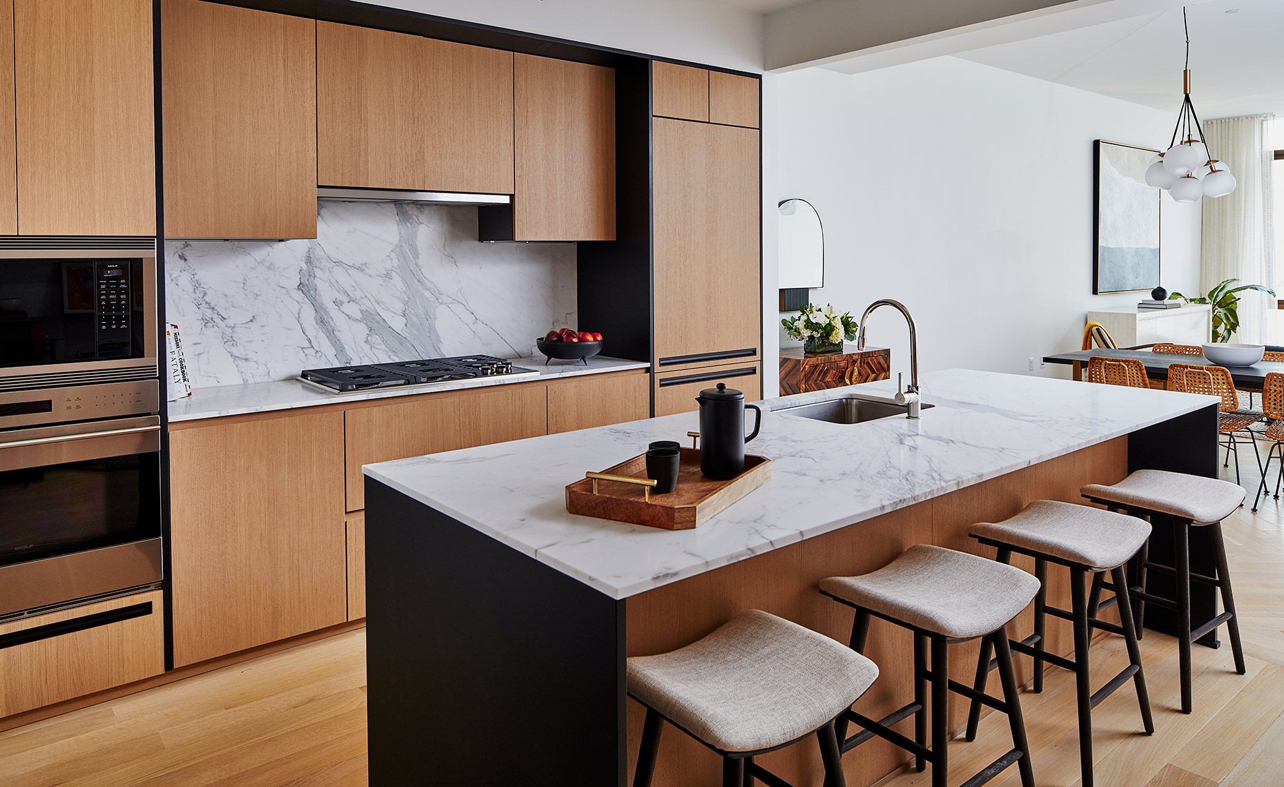 Gramercy_Unit9A_Kitchen2_0141_R01